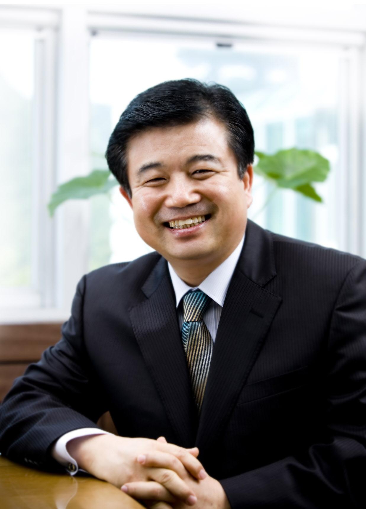 김성곤 목사 사진